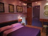 CAMERA PAVONE bed e breakfast Villa Rome B&B Via Casal del Marmo 79  Roma
