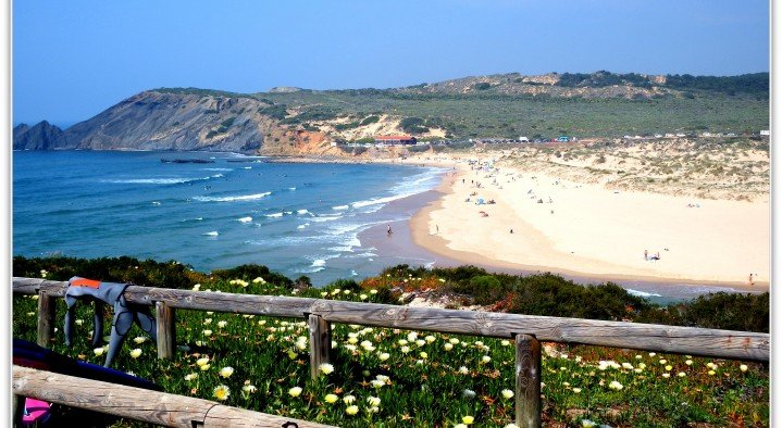 Nearby beaches  Onda Vicentina bed and breakfast Vale da Telha Aljezur