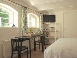 Spacious bathroom bed e breakfast Tuinkamer Enkhuizen Parklaan 8 Enkhuizen