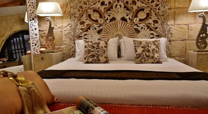 Ground Level Room  Chapel 5 Palazzo Suites Malta B and B 5 Alley 5 St Lucy Street Naxxar Naxxar