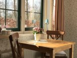 A cosy seat with coffee and tea facilities. bed and breakfast Bed & Breakfast 'Pax Tibi' Middelburgseweg 11 Reeuwijk